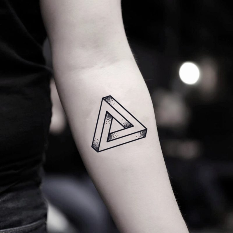 Significado da Tatuagem de triângulo