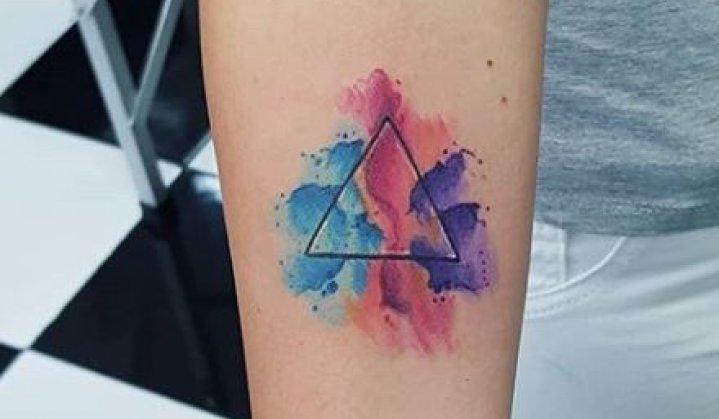 Tatuagem de triângulo